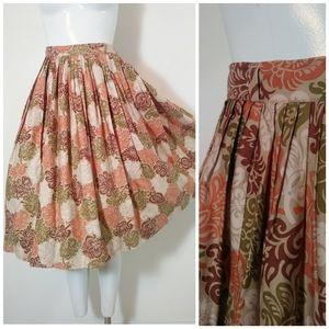 1950s leaf novelty print vintage skirt high waist